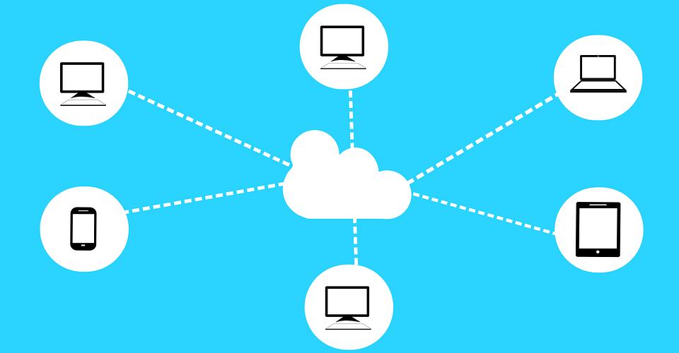Software Libre: El concepto de Nube no existe